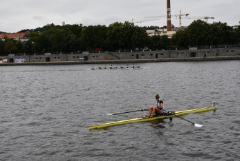 Bez lodí Dukly 108. UNIQA Primátorky vyhrála osma mužů VK Slavie. Závod žen vyhrál Hamr