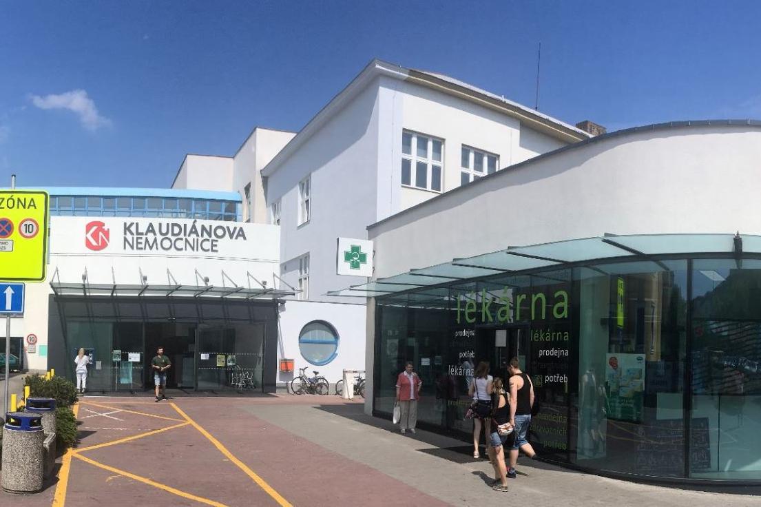 Klaudiánova nemocnice nakoupí ochranné pomůcky za tři sta tisíc